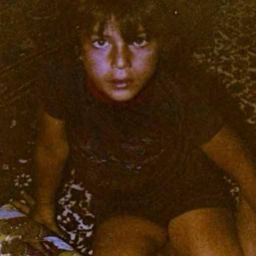 بیوگرافی سام درخشانی و عکس کودکی او