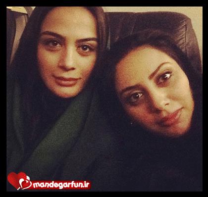 عکس جدید از مونا فرجاد و خواهرش