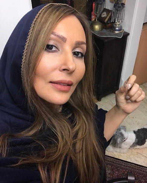 عکس پرستو صالحی با رنگ موی جدیش