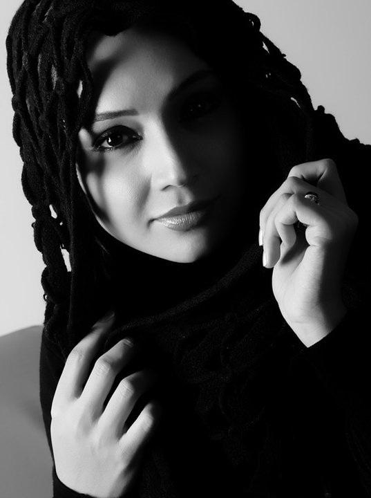 http://up.mandegarfun.ir/view/208135/bazigar-zan-irani.jpg