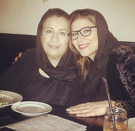 عکس جدید لورفته از سحر دولتشاهی در کنار مادرش